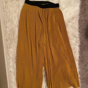 2/$30 ⚡️ - PANTS | Zara size medium